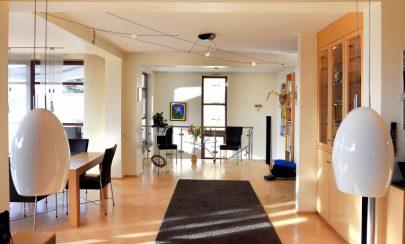 Charmantes Haus: Wohnen und Arbeiten unter einem Dach 45239 Essen, Doppelhaushälfte