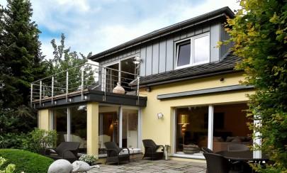 Schönes Einfamilienhaus mit Einliegerwohnung in Bredeney 45133 Essen / Bredeney, Einfamilienhaus