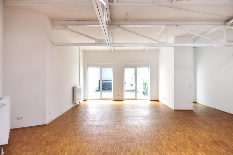 loft studio atelier in essen r ttenscheid 160 m. Black Bedroom Furniture Sets. Home Design Ideas
