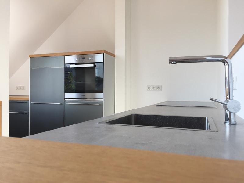 dachgeschosswohnung in essen r ttenscheid 97 m. Black Bedroom Furniture Sets. Home Design Ideas
