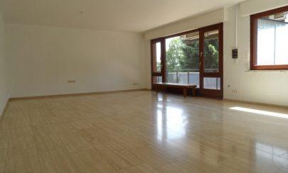 Stilvoll Wohnen auf einer Ebene 45259 Essen / Heisingen, Etagenwohnung