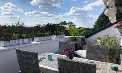 Stilvoll Wohnen über den Dächern von Essen Weitblick und Sternenhimmel inklusive 45147 Essen - Holsterhausen, Dachgeschosswohnung