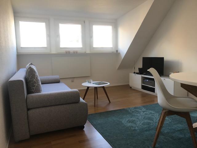 Stadtnahe 2 Raumwohnung mit Ausbaureserve 45128 Essen / Südviertel, Dachgeschosswohnung