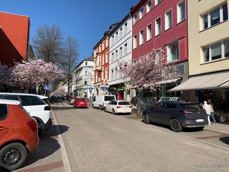 Wohn- und Geschäftshaus in Rüttenscheid 45131 Essen, Mehrfamilienhaus